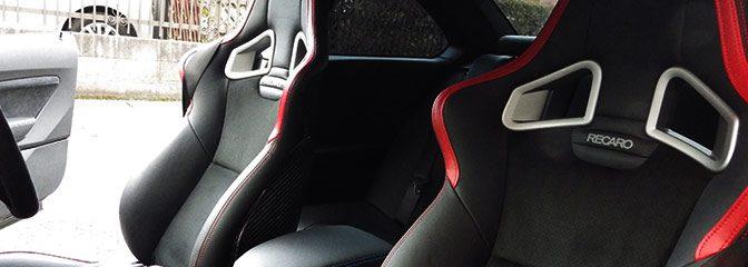 BMW:M-2にレカロシートの装着。